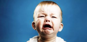 علت گریه نوزاد